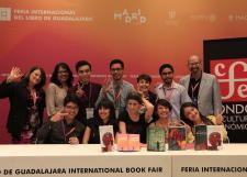 Comparten jóvenes creadores literarios del SEMS sus cartas a la escritora Antonia Michaelis en la FIL