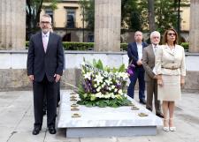Recuerdan vida y obra de Enrique Díaz de León en la Rotonda de los Jaliscienses Ilustres