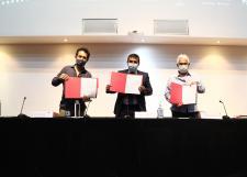 Firman acuerdo para llevar cine ambiental a Prepas UDG