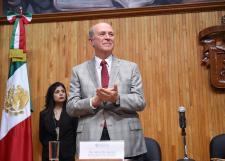 Admite CGU separación definitiva de Bravo Padilla y elige a Miguel Ángel Navarro como nuevo rector general sustituto